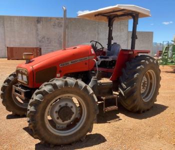 Massey Ferguson 4235 ROPS Tractor